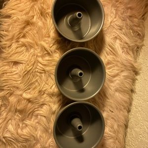 3 Mini Bundt pans